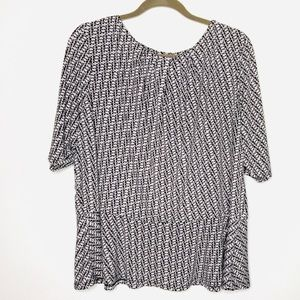Liz Claiborne Woman Black and White Peplum blouse